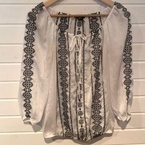 White House Black Market sz 4 blouse. Sheer